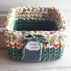 112 likes 3 comments Crochet Bowl, Knit Or Crochet, Yarn Projects, Crochet Projects, Crochet Designs, Crochet Patterns, Knit Basket, Toy Basket, Crochet Baskets