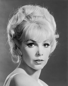 Stella Stevens born Estelle Eggleston October 1 1938 is an American film television and stage actress She began her acting career in 1959 and starred i Hooray For Hollywood, Golden Age Of Hollywood, Vintage Hollywood, Hollywood Glamour, Hollywood Stars, Hollywood Actresses, Classic Hollywood, Actors & Actresses, Marylin Monroe