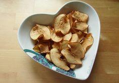 Snack delicioso e saudável! <3  #receitafit #chipsdemaçã #comidalight #receitalight #comidafit