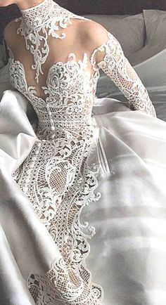 Wow lace wedding dress
