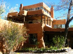 Mabel Dodge Lujans house- Taos, New Mexico A must-see for the next SW trip. Taos New Mexico, New Mexico Usa, Mexico Art, Mabel Dodge Luhan, Southwest Usa, Southwest Style, Mexico Style, Land Of Enchantment, Green Life
