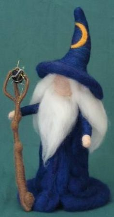 wizard - needle felted Wet Felting Projects, Needle Felting Tutorials, Wool Dolls, Felt Dolls, Wizard101, Felt Crafts, Felt Fairy, Gold Stars, Waldorf Dolls