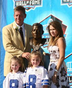 Troy Aikman and Daughters <3