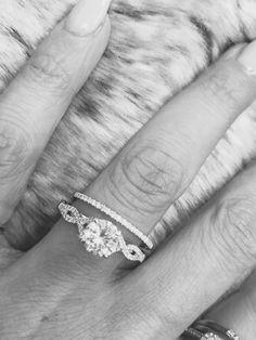 Engagement season is here .. #diamonds #moissaniterings #weddingbands