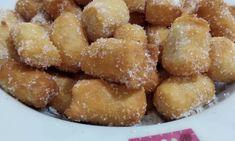 Apple Strudel, Torte Cake, Donut Recipes, Pretzel Bites, Donuts, Food To Make, Sweets, Bread, Breakfast