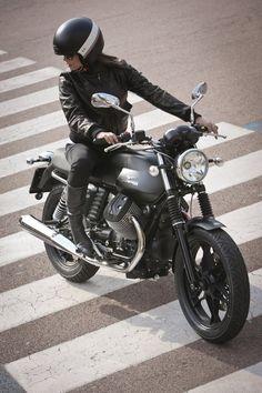 Moto Guzzi V7 and Style