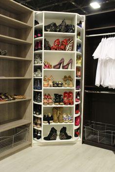 Luxury Built In Shoe Cabinet
