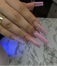 Lilac Nails, Bling Acrylic Nails, Best Acrylic Nails, Bling Nails, Dope Nail Designs, Cute Acrylic Nail Designs, Diamond Nail Art, Glow Nails, Acylic Nails