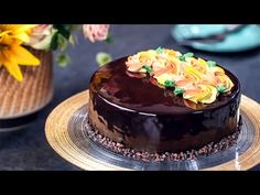 I've made this Orange Chocolate Mirror Cake with the intention of celebrating autumn's beautiful colors with a delicious and elegant dessert. A pecan and can. Orange Brownies, Cocoa Brownies, Elegant Desserts, Fall Desserts, Non Dairy Whipping Cream, Mousse Mascarpone, Orange Mousse, Orange Confit, Candied Orange Peel