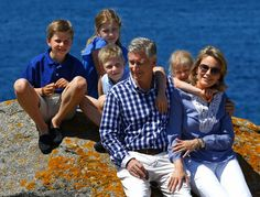 (L-R) The new King Philippe, Queen Mathilde, Princes Eleonore, Prince Emmanuel, Prince Gabriel and Princess Elisabeth on vacation in France on the island of Yeu in Vendée, 24 July 2013