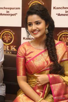 54a7c4dad3192 Anupama-Parameswaran-at-VRK-Silks-Launches-Photos-(40. Silk Saree Blouse ...