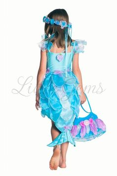 Lycra bodice one piece mermaid with organza leaf skirt & tail and shell detail. Mermaid Dresses, Girls Dresses, Summer Dresses, Diy Costumes, Halloween Costumes, Costume Ideas, Leaf Skirt, Fantasias Halloween, Lucci
