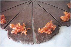 Kakaolu Ayvalı Kurabiye-basit,kolay,kurabiye tarifi,şerbetli,kakaolu kurabiye,reçelli kurabiye,rulo kurabiyenin yapılışı,yapımı,ayvalı kurabiye,ayva reçelli kurabiye,ayva,kakao,kurabiye,tatlı kurabiye,kakaolu rulo kurabiye nasıl yapılır,