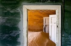 Sands of Time mix of two separate things creates  dream like atmosphere