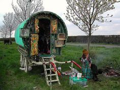 A bow-top gypsy caravan parked at a campsite near Nottinghamshire in United Kingdom. -Nottinghamshire 'Gypsy' wagons: Colorful mobile homes of the past (and the future? Hippie Style, Bohemian Gypsy, Gypsy Style, Boho, Bohemian Style, Gypsy Chic, Bohemian Lifestyle, Glamping, Gypsy Caravan Interiors