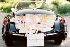 http://www.weddinggiftsdirect.com.au/blog/wp-content/uploads/2013/03/Car-Wedding.jpg