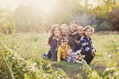 great shoot: see for posing family w/ young kids