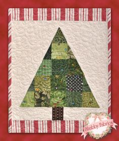 O Christmas Tree - Quilted ChristmasTable Runner Pattern - DIY Home Holiday Decor - Homemade Christmas Decorations - Easy Tree Applique Pattern - Holiday Applique - Handmade Gift Pattern - Shabby Fabrics