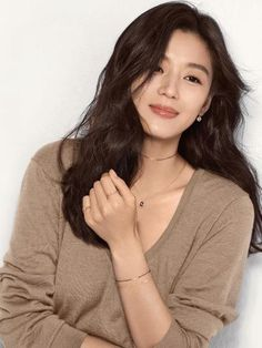 Jeon Ji Hyun 전지현 - Page 590 - actors & actresses - Soompi Forums Jun Ji Hyun Makeup, Jun Ji Hyun Hair, Korean Beauty, Asian Beauty, Jun Ji Hyun Fashion, Korean Celebrities, Celebs, Good Looking Women, Ulzzang Girl
