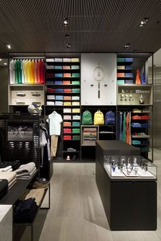 We attend the star packed launch night and take a look Inside Lacoste's new London concept store on Regent Street. Source by store Showroom Design, Shop Interior Design, Boutique Interior, Visual Merchandising Displays, Retail Displays, Shop Displays, Window Displays, Clothing Store Design, Fashion Store Design