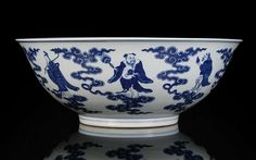 A rare and very large blue and white Eight Immortals bowl, China, underglaze blue seal mark and period of Jiaqing. Photo Nagel