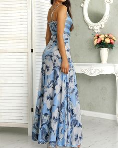 Look at this Trendy casual woman clothingShop Floral Print Wrapped Tied Side Maxi Dress – Discover sexy women fashion at IVRose Trend Fashion, Floral Fashion, Womens Fashion, Fashion Ideas, Modest Dresses, Fall Dresses, Summer Dresses, Floral Dresses, Look Jean