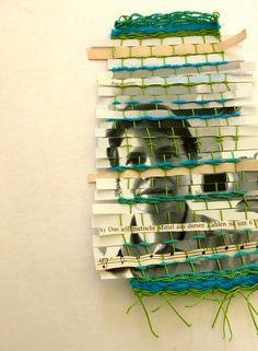 selfie weaving (self portrait project week (Ines Seidel) Tags: camera selfportrait wool self paper mirror spiegel text papier weaving selfie selbstporträt selbstbildnis weben wole gewebt inesseidel Paper Weaving, Weaving Textiles, Weaving Art, Tapestry Weaving, Weaving Projects, Art Projects, Middle School Art, Fabric Manipulation, Art Plastique