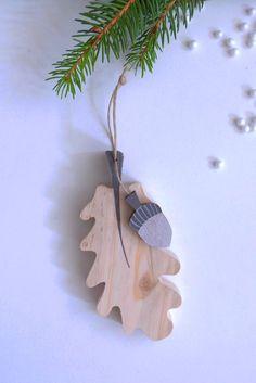 """Décoration """"Feuille de chêne"""" en bois"""
