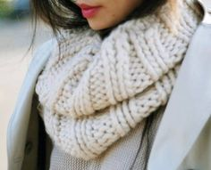 dress from head to toe in shades of white and cream and to finish it off, a chunky knit scarf