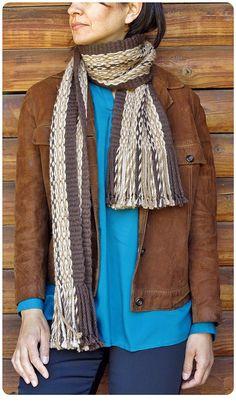 "Scarf woven in Mapuche loom in Pehuenche tecnique named ""Ojo de Guanaco"", alpaca wool. For sale on Etsy in ""TelaresNUEVOMUNDO"" Sheep Wool, Alpaca Wool, Weaving Techniques, Wool Scarf, Textile Art, Loom, Hand Weaving, Textiles, Jackets"