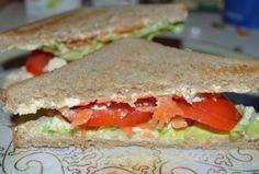 Reteta sandvis dietetic cu morcovi si branza de vaci #reteta Appetizer Recipes, Appetizers, Sandwiches, Food, Appetizer, Meals, Entrees, Yemek, Dinner Entrees