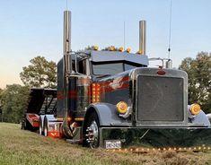 Big Rig Trucks, Semi Trucks, Cool Trucks, Peterbilt 379, Peterbilt Trucks, Custom Big Rigs, Custom Trucks, Buses, Mafia