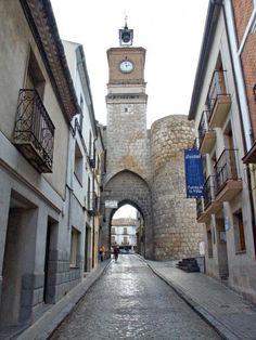 Puerta de la Villa (Almazán)