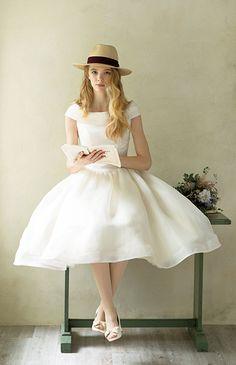   検索結果:   ウエディングドレスを探すBeauty Bride(ビューティブライド)