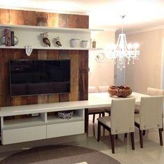 Parede da tv e mesa                                                       … Smart Furniture, Bespoke Furniture, Furniture Design, Small Space Living, Small Spaces, Livng Room, Interior Decorating, Interior Design, Small Apartments