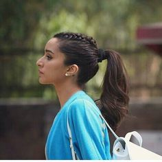Celebrity Hairstyles, Braided Hairstyles, Hear Style, Half Girlfriend, Shraddha Kapoor Cute, Sraddha Kapoor, Most Beautiful Bollywood Actress, Prettiest Actresses, Pakistani Actress