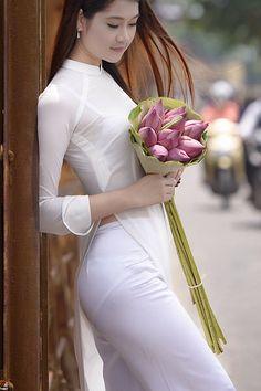Untitled   Áo Dài Lung Thị Linh   Flickr