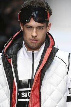 Wayfarer, Mercedes Benz, Berlin, Ray Bans, Sunglasses, Autumn, Winter, Style, Fashion