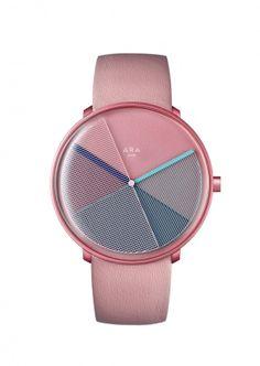 Une montre rose