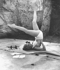 Marilyn Monroe working out at the Bel Air Hotel by André de Dienes, 1953