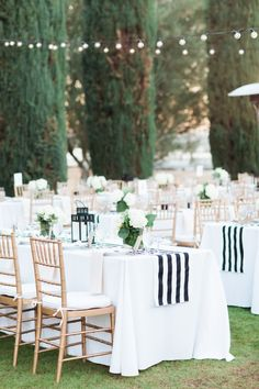 Change up the classic white table cloth look by adding gorgeous stripped runners.