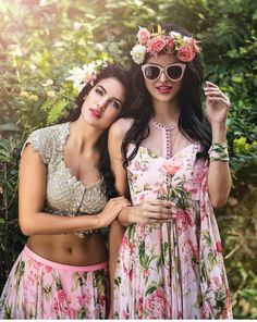 Anushree Reddy's Guide To Styling The 2017 Sister Of The Bride! Pool Party Dresses, Pool Party Outfits, Summer Outfits, Lehenga, Anarkali, Saris, Indian Dresses, Indian Outfits, Simple Gowns