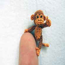 Fábrica vietnamita comandada por uma família inova usando restos de lã para criar incríveis miniaturas de animais em crochê.