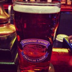 Photo by atlesimonsen - Checkin out the local brewskies #beer #beerporn #instabeer #instabrew #toronto #canada #torontocanada #elephantcastle #creemoresprings