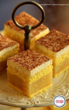 Lekki jabłecznik Apple Cake Recipes, Dessert Cake Recipes, No Bake Desserts, Polish Recipes, Pastry Cake, Pumpkin Cheesecake, How Sweet Eats, Homemade Cakes, Cakes And More