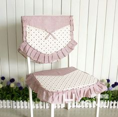 Best Accent Chairs For Living Room Furniture Covers, Chair Covers, Table Covers, Purple Bedroom Decor, Bed Cover Design, Designer Bed Sheets, Fancy Chair, Ideas Hogar, Slipcovers For Chairs