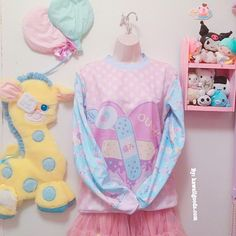 c9a942a821d4 OUCH! Bandaid Heart Menhera Sweater