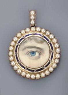 Georgian lover's eye pendant | Pretty Mind Clutter