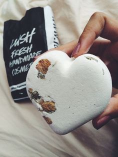 Titsy Totsy bath bomb. One of my all time favourites. Leaves pretty little flowers floating on the top of the water!