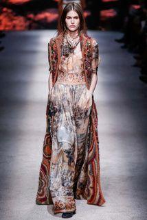Alberta Ferretti   Fall 2015 Ready-to-Wear Collection   Style.com